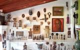 La colección multicultural que dejó Robert Brady, cuenta con más de 1300 objetos de arte proveniente de distintas partes del mundo