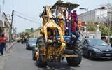 En dicho desfile hay camiones cañeros, tractores y vehículos de trabajadores de la CNC que recorren parte de los municipios de Yautepec y Cuautla