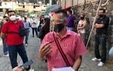 En las instalaciones del Instituto de Educación Básica del Estado de Morelos, el vocero de los docentes Yossmín Castillo reprocha la falta de solución