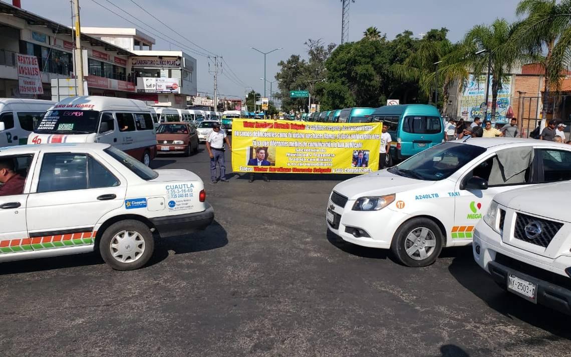 Exigen transportistas se legalicen sus permisos - El Sol de Cuernavaca