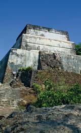 El Tepozteco y la zona arqueológica que se encuentra en la cima del cerro